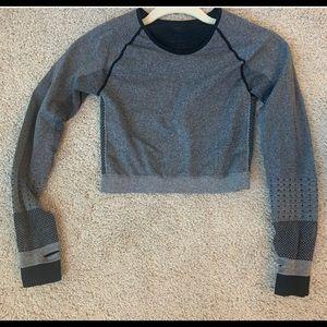 Bombshell sportswear seamless long sleeve top M